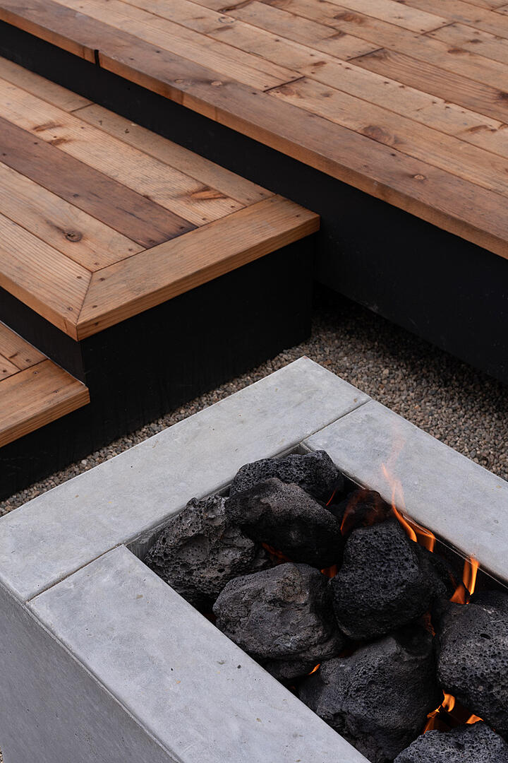 Canyon House-12-Deck and outdoor fireplace detail