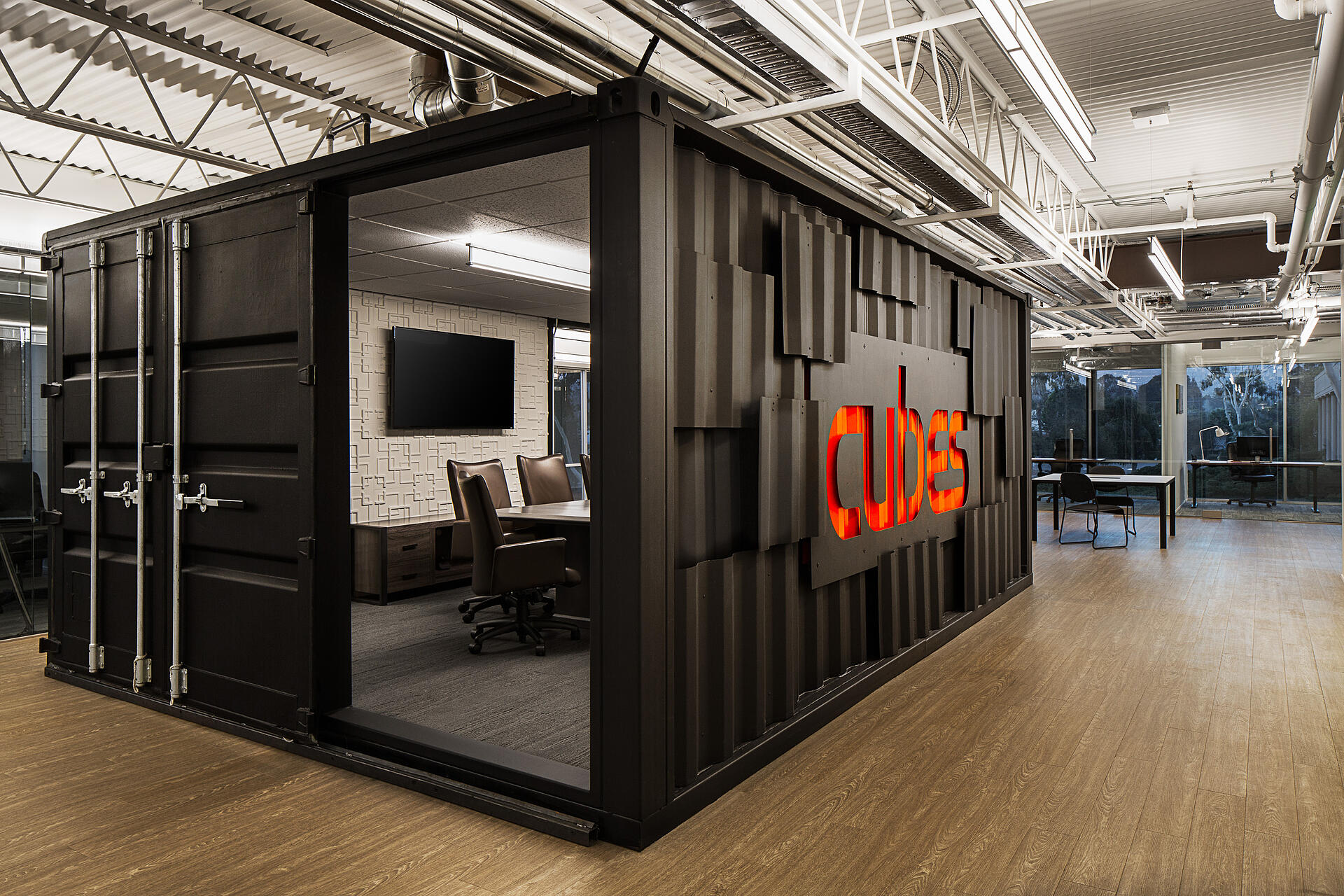 Cubes_Shipping_Container_Office_Interiors_Hero@2x