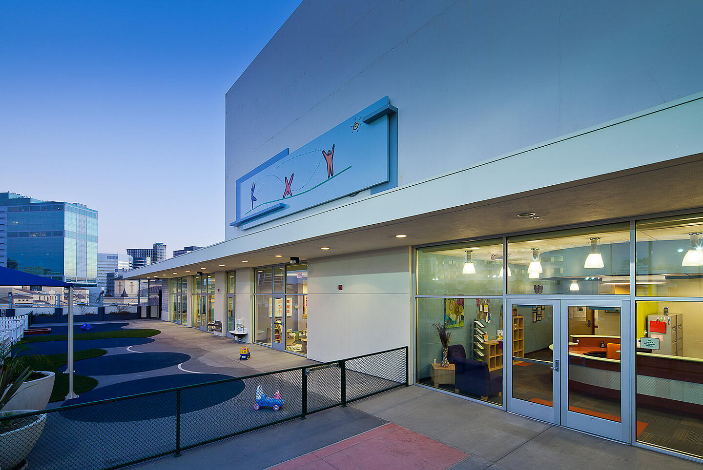 UCLA Child Care Center-@2x-8-Front entrance and outdoor play area at dusk